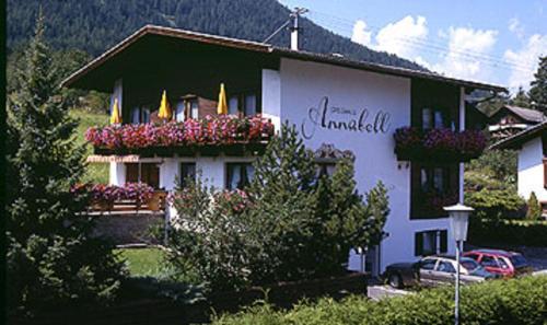 Hotel Pictures: Gästehaus Annabell und Barbara, Sautens