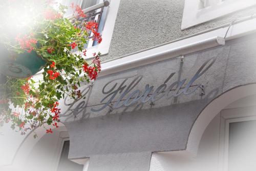 Hotel Le Floreal Bagn�res de Luchon