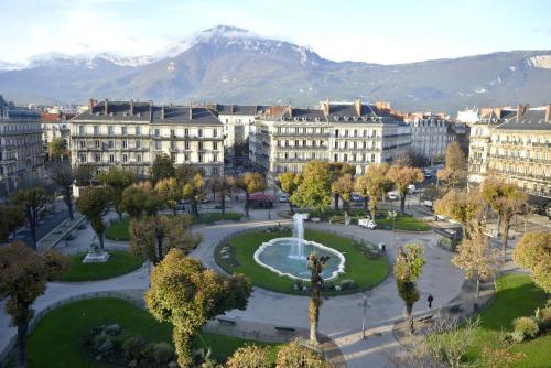 Hotel Pictures: Hôtel d'Angleterre Grenoble Hyper-Centre, Grenoble