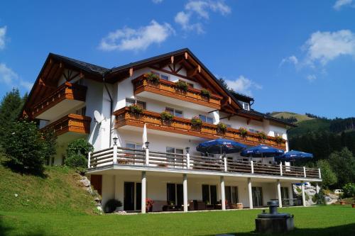 Hotel Pictures: Alpenhof Reuterwanne, Wertach