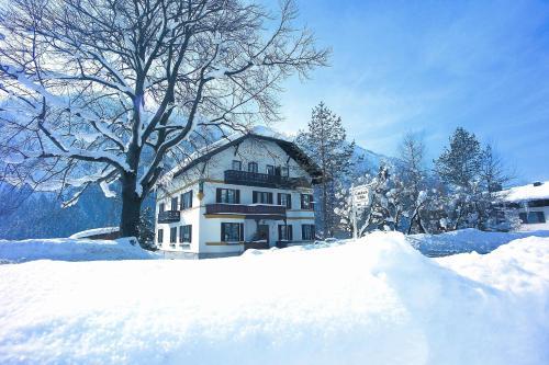 Hotel Pictures: Gästehaus Ethiko, Ettal
