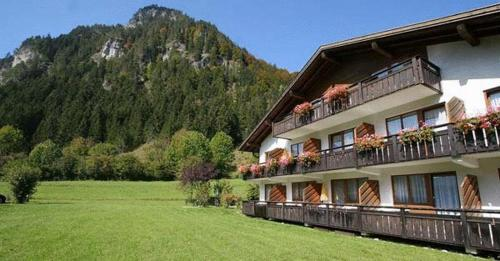 Hotel Pictures: Appartement-Hotel Happy Kienberg, Pfronten