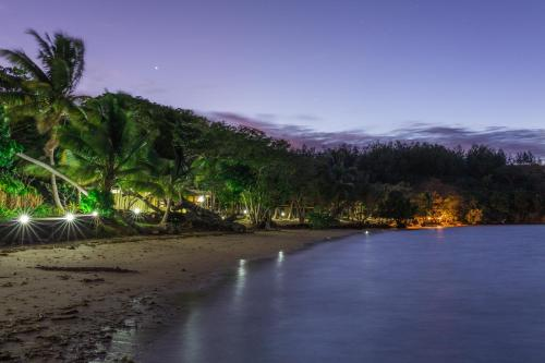 Hotel Pictures: , Malolo