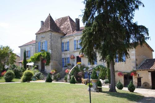 Hotel Pictures: , Montmoreau