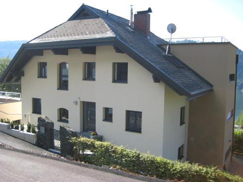 Hotel Pictures: Villa Burgblick, Annenheim
