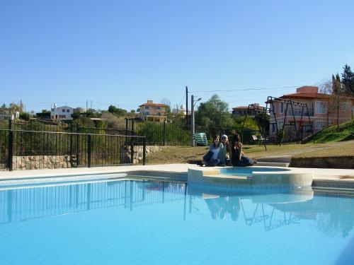 Hotel Pictures: Cabañas Lago San Roque, Villa Carlos Paz