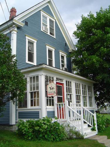 Hotel Pictures: The Colonel's In Bed and Breakfast, Fredericton