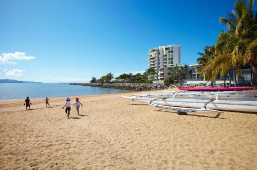 Hotellikuvia: Mariners North Holiday Apartments, Townsville