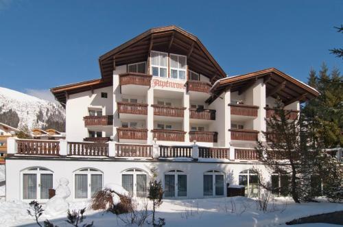 Foto Hotel: Alpenrose Bellevue Egghof, Berwang