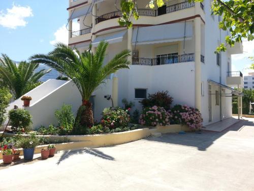 Foto Hotel: Apartments Rudi, Orikum