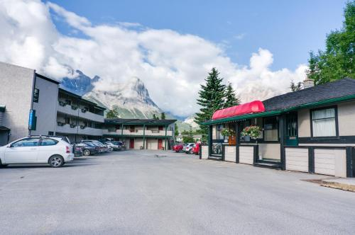 Hotel Pictures: The Drake Inn, Canmore