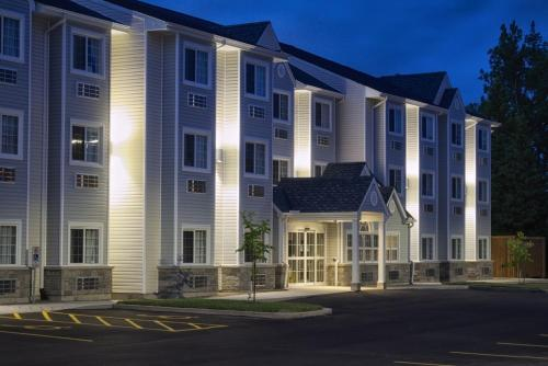 Hotel Pictures: Microtel Inn & Suites Sault Ste. Marie, Sault Ste. Marie