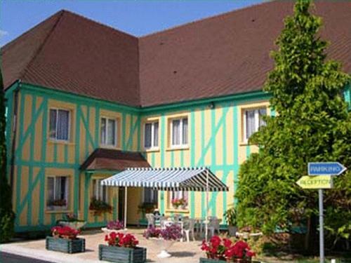 Hotel Pictures: Hotel Le Pan De Bois, Bréviandes