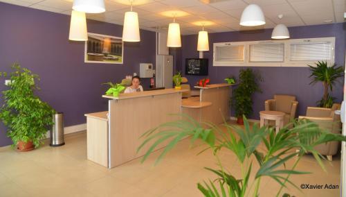 Hotel Pictures: Douce France, Cuxac-d'Aude