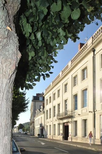 Anne D'anjou Hôtel