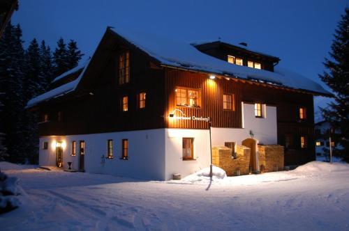 Fotos do Hotel: Appartement Omesberg 1, Lech am Arlberg