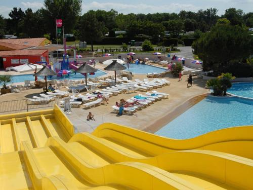 Hotel Pictures: Camping Les Charmettes, Les Mathes