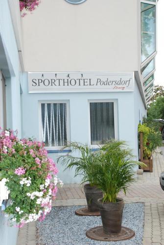 Foto Hotel: Sporthotel Podersdorf, Podersdorf am See