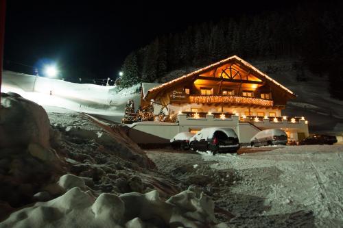 Fotos do Hotel: Chasa Monthani, Ischgl