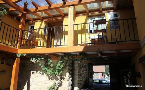 Hotel Pictures: , La Cándana de Curueño