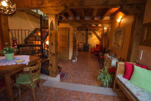 Hotel Pictures: , Valleruela de Pedraza