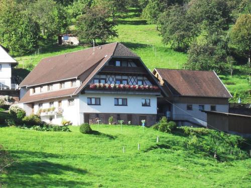 Hotel Pictures: Ferienhof Brutoni, Bad Peterstal-Griesbach