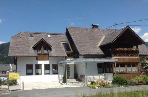 ホテル写真: Ferienwohnungen Kapp, Tröpolach