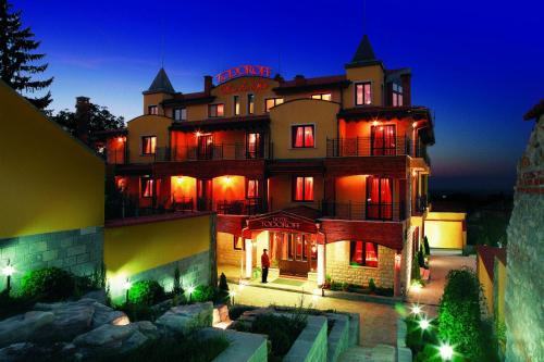 Foto Hotel: , Brestovitsa