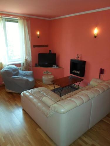 Hotel Pictures: Vabaduse 2, Narva-Jõesuu