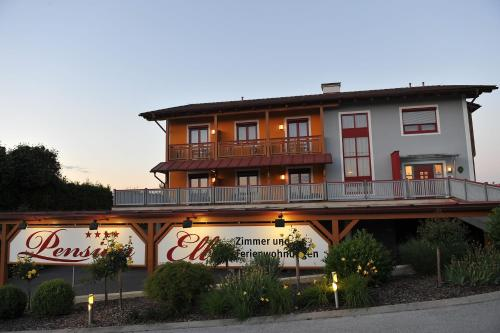 Fotos de l'hotel: Pension Elli, Bad Waltersdorf
