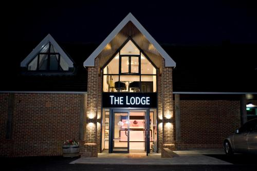 Hotel Pictures: , Epsom