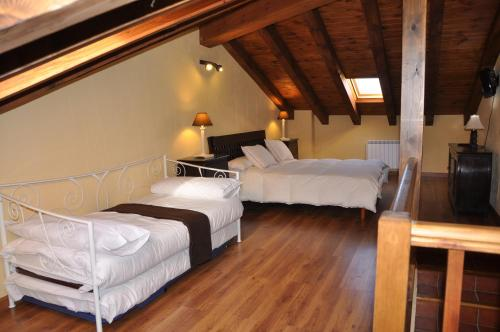 Hotel Pictures: , Horcajo de la Sierra
