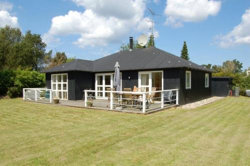 Hotel Pictures: Holiday home Bue-Ager G- 723, Udsholt Sand