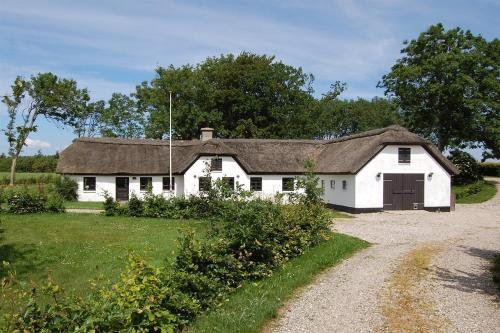 Hotel Pictures: Holiday home Knudsbjergvej B- 2382, Arup