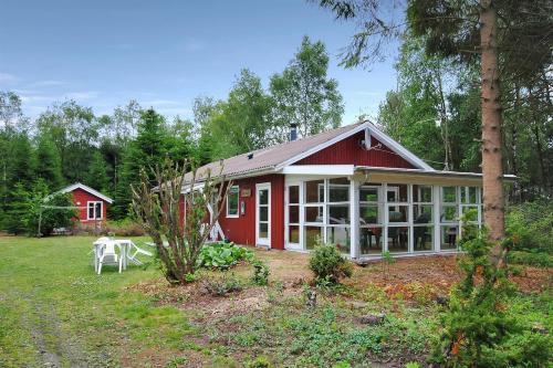 Hotel Pictures: Holiday home Lyngshuse B- 2798, Kølkær