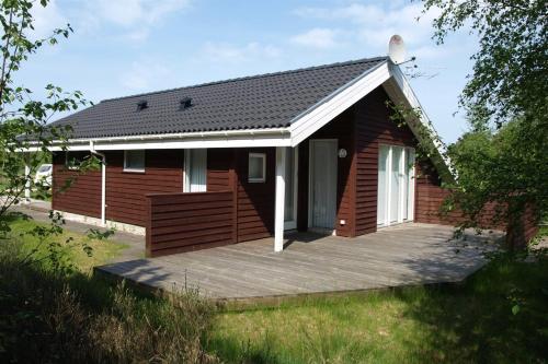 Hotel Pictures: Holiday home Oddervej F- 3290, Brovst