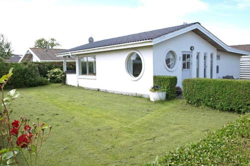 Hotel Pictures: Holiday home Rughavevej B- 3846, Ajstrup