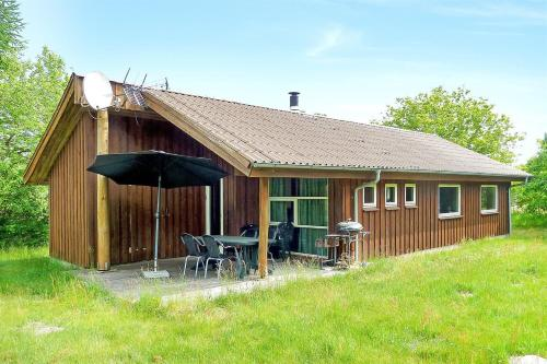 Hotel Pictures: Holiday home Skovbrynet F- 4090, Lindet