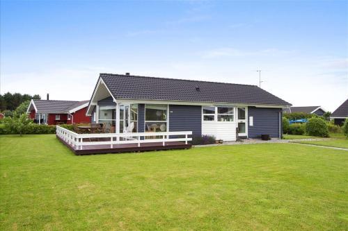 Hotel Pictures: Holiday home Strandparken G- 4587, Otterup