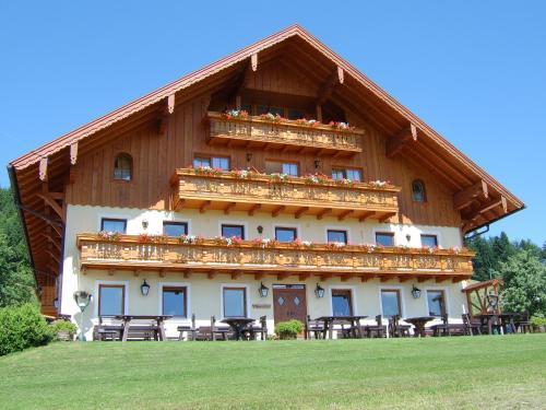 Foto Hotel: Hochsernerhof, Tiefgraben