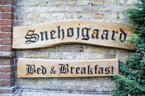 Hotel Pictures: Snehøjgaard Bed & Breakfast, Hobro