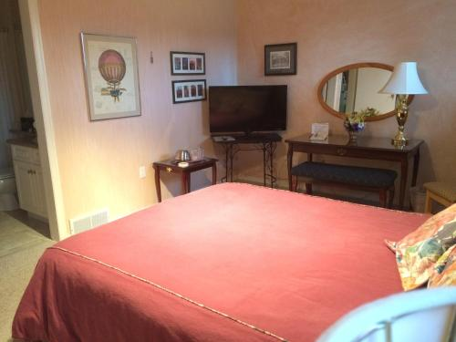 Hotel Pictures: Cedar Heights B&B, Cranbrook