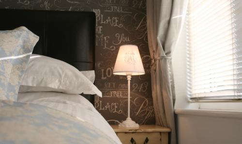 Hotel Pictures: Herons Nest B&B, Marlow