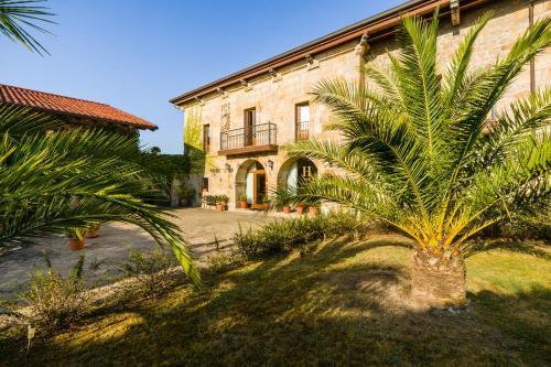 Hotel Pictures: Palacio Garcia Quijano, Los Corrales de Buelna