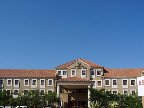 Hotel Pictures: Peermont Mondior Hotel, Gaborone