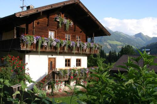 Fotos do Hotel: Ferienhaus-Reinhilde-Lehrerhäusl-Alpbach 258, Alpbach