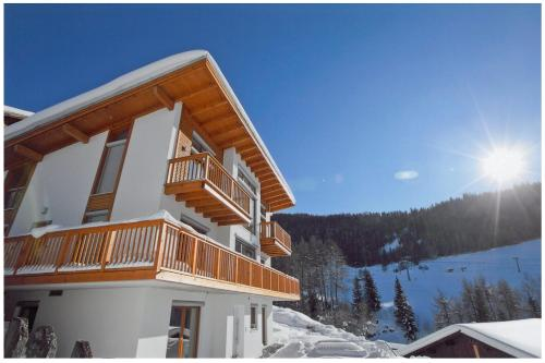 Fotos do Hotel: Ferienwohnung Rust, Fendels