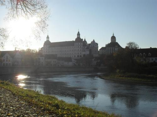 Hotel Pictures: Hotel am Fluss, Neuburg an der Donau