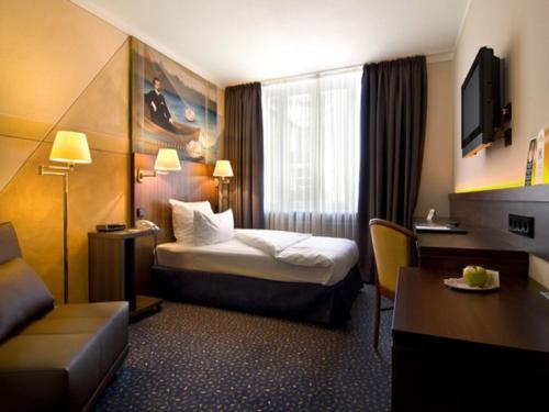 Hotel Pictures: Hotel König Ludwig II, Garching bei München