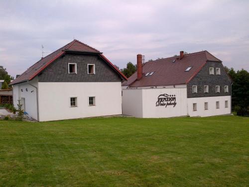 Hotel Pictures: Dvůr Pohody, Varnsdorf